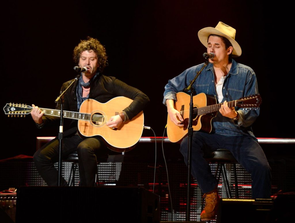 NEW YORK, NY - APRIL 13:  Doyle Bramhall and John Mayer perform on stage during the 2013  Crossroads Guitar Festival at Madison Square Garden on April 13, 2013 in New York City.  (Photo by Kevin Mazur/WireImage) *** Local Caption *** Doyle Bramhall; John Mayer